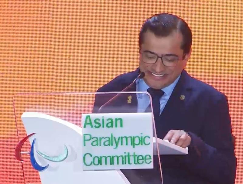 https: img-z.okeinfo.net content 2018 10 13 43 1963681 presiden-apc-berpantun-di-penutupan-asian-para-games-2018-11QIHUyssC.jpg