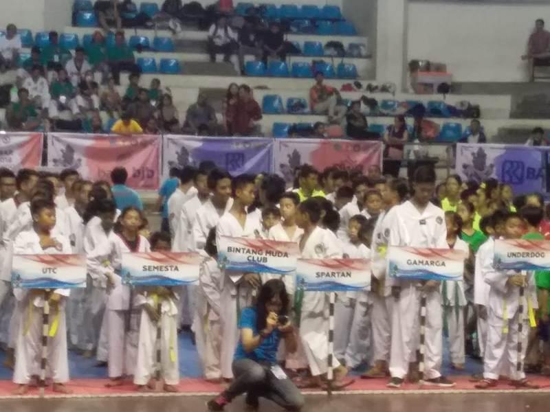 https: img-z.okeinfo.net content 2018 10 21 43 1966825 1200-peserta-ramaikan-kejurnas-denpasar-open-taekwondo-5kB3sH7D2D.jpg