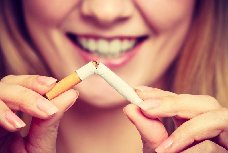https: img-z.okeinfo.net content 2018 10 25 481 1968974 moms-kalau-hamil-jangan-merokok-nanti-anaknya-bisa-puber-lebih-cepat-loh-jKYWSaV0h6.jpg