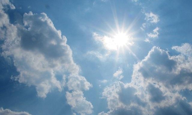 https: img-z.okeinfo.net content 2018 10 29 207 1970333 5-aplikasi-cuaca-terbaik-untuk-pengguna-android-dan-ios-q8HF3VFAiG.jpg