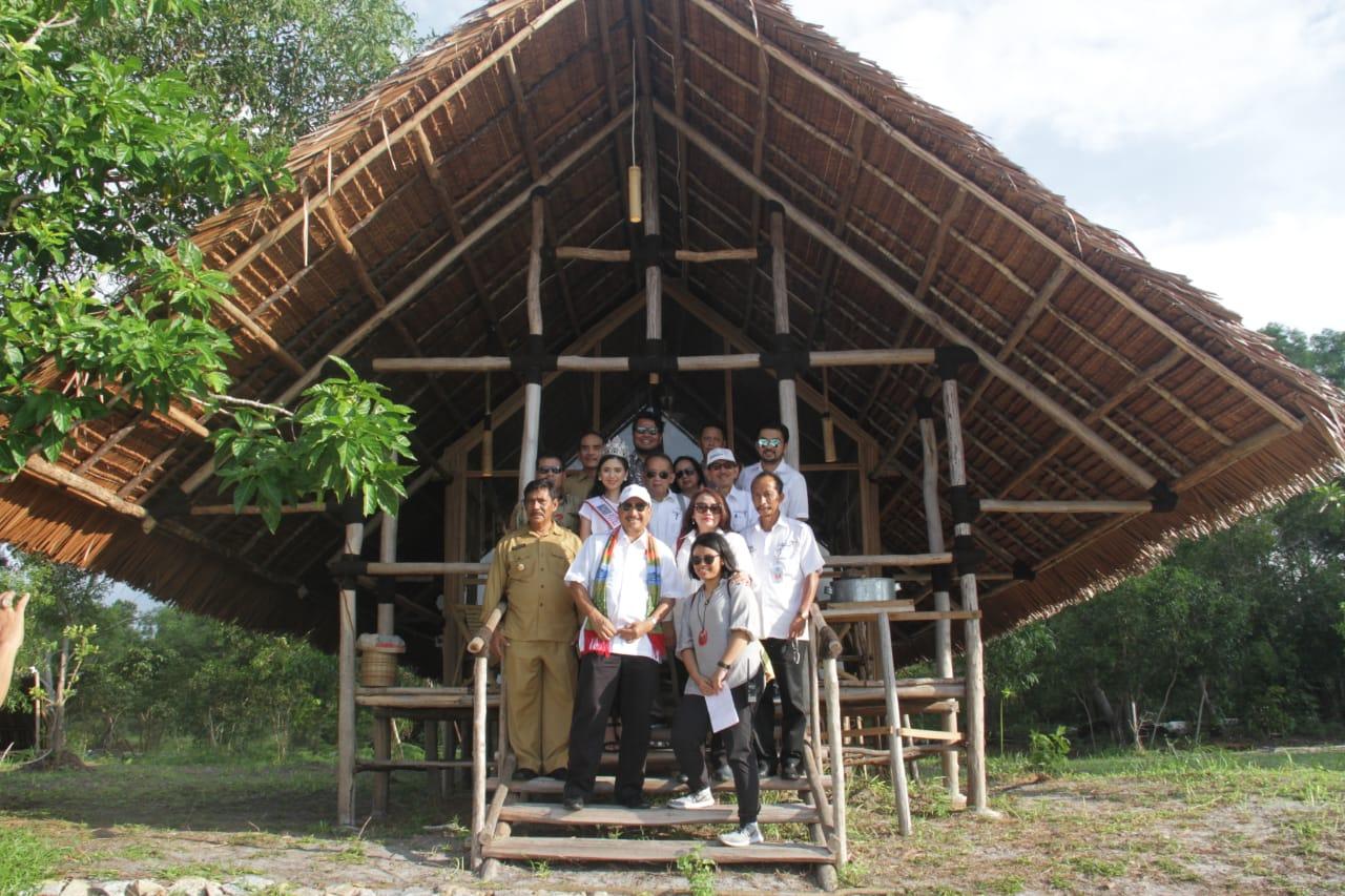 https: img-z.okeinfo.net content 2018 10 30 12 1970822 eco-beach-tent-tawarkan-nomadic-tourism-di-bangka-belitung-mxvqYxDhl1.jpeg