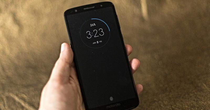 https: img-z.okeinfo.net content 2018 10 31 57 1971415 ponsel-terbaik-dengan-baterai-berkapasitas-besar-di-2018-noyw4iLJ9R.jpg