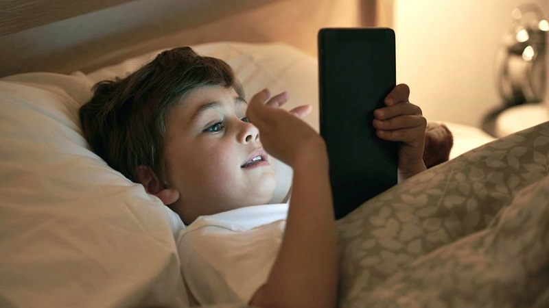 https: img-z.okeinfo.net content 2018 11 01 196 1971792 bill-gates-sebut-waktu-yang-tepat-bagi-anak-untuk-dapatkan-smartphone-pribadi-sjkSfJlODE.jpg