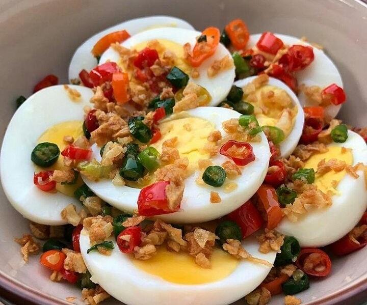 https: img-z.okeinfo.net content 2018 11 09 298 1975576 mudah-dibuat-tumis-telur-daun-jeruk-cocok-untuk-makan-malam-keluagra-uRNh4ygYIG.jpg