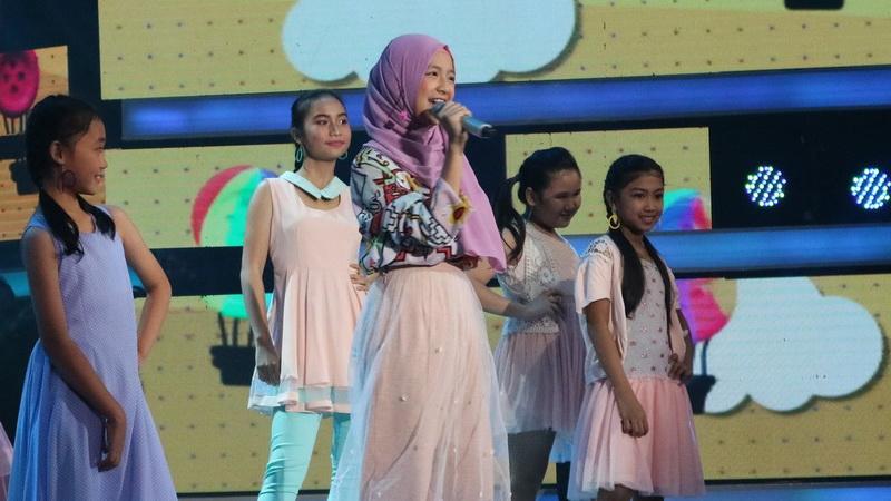 https: img-z.okeinfo.net content 2018 11 09 598 1975630 rossa-kecewa-dengan-penampilan-nashwa-di-indonesian-idol-junior-YW3dsEGb3o.jpg