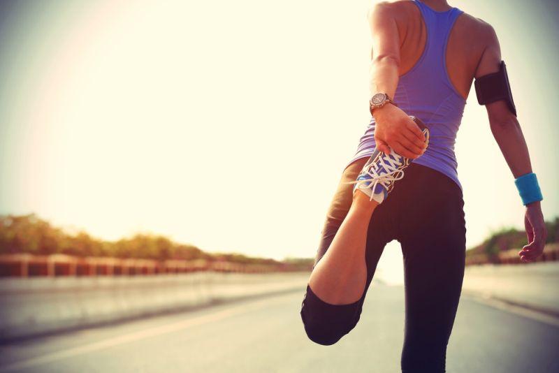 https: img-z.okeinfo.net content 2018 11 22 481 1981300 pelari-pemula-terutama-wanita-disarankan-bangun-rutinitas-sebelum-ikut-maraton-tMRngd1yxU.jpg