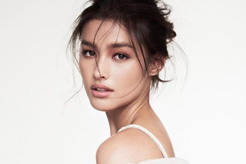 https: img-z.okeinfo.net content 2018 11 26 611 1982700 10-daftar-wanita-tercantik-di-dunia-2018-nomor-1-dari-asia-tenggara-QLb8x0D1Ay.jpg