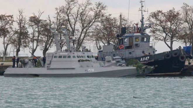 https: img-z.okeinfo.net content 2018 11 27 18 1983268 ukraina-berlakukan-hukum-darurat-perang-usai-3-kapalnya-dihadang-rusia-2K0STEFWJu.jpg