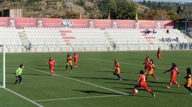 https: img-z.okeinfo.net content 2018 12 05 18 1986959 tim-sepakbola-perempuan-afganistan-alami-pelecehan-seksual-syACRhUEs4.jpg