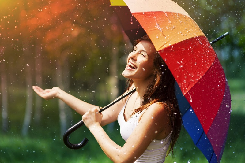 https: img-z.okeinfo.net content 2018 12 05 196 1987356 ini-7-tanda-anda-seorang-pluviophobia-atau-si-pencinta-hujan-VuVI9FaVGI.jpg