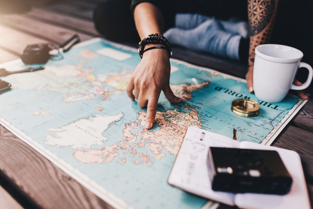 https: img-z.okeinfo.net content 2018 12 05 406 1987396 tips-penting-saat-mempersiapkan-liburan-ke-luar-negeri-I6hKSPTaGJ.jpg