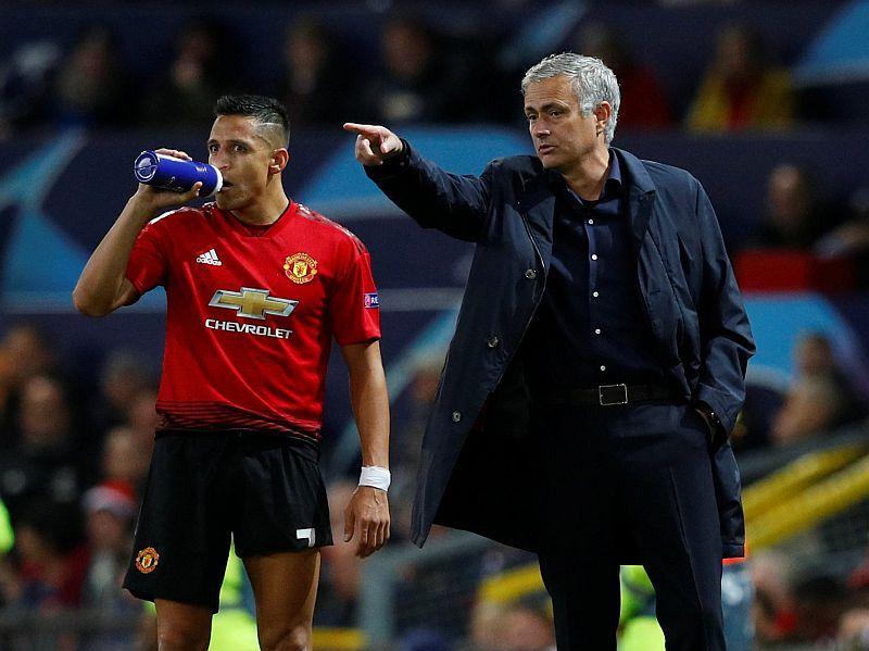 https: img-z.okeinfo.net content 2018 12 05 45 1986987 mourinho-sebut-keterpurukan-man-united-bukan-karena-perpecahan-FfklqMCj0n.JPG