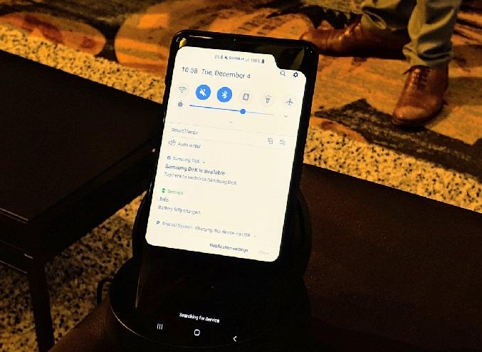 https: img-z.okeinfo.net content 2018 12 05 57 1987275 unik-prototipe-ponsel-5g-ini-miliki-poni-di-sudut-atas-Dz4hRWyyBo.jpg