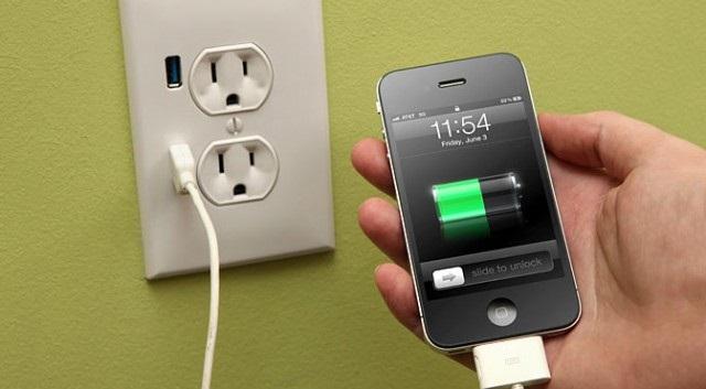 https: img-z.okeinfo.net content 2018 12 05 92 1987270 3-tips-charging-agar-ponsel-anda-awet-f3LhuvtDAn.jpg