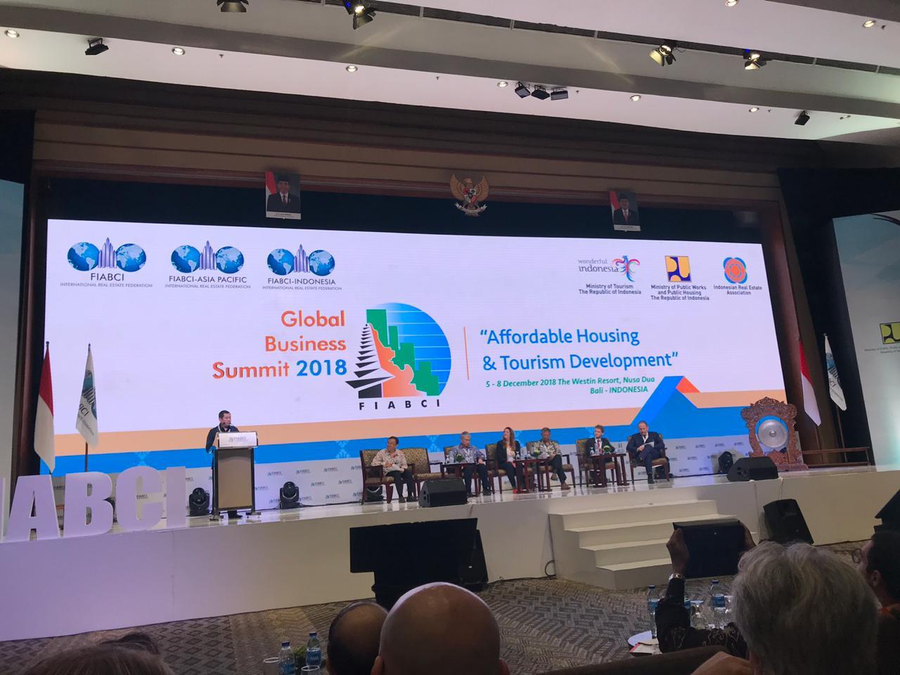 https: img-z.okeinfo.net content 2018 12 08 470 1988451 fiabci-summit-pertama-digelar-di-indonesia-rei-tawarkan-investasi-rp68-triliun-9y63ztLH0C.jpg