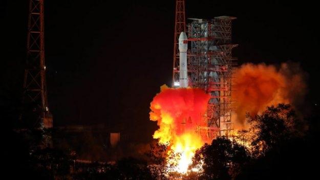 https: img-z.okeinfo.net content 2018 12 10 56 1989328 misi-luar-angkasa-chang-e-4-pelajari-sisi-terjauh-bulan-WaV2bzdAeY.jpg
