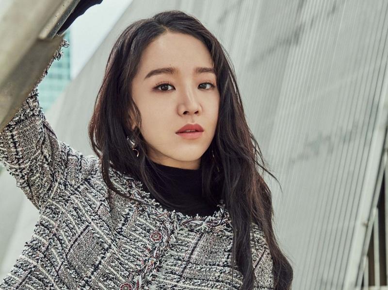 https: img-z.okeinfo.net content 2018 12 11 206 1989807 shin-hye-sun-akan-berperan-dalam-drama-romantis-tahun-depan-QQWFIIITwm.jpg