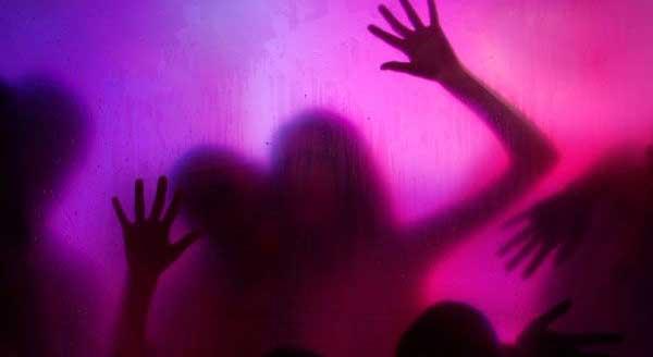https: img-z.okeinfo.net content 2018 12 15 337 1991606 5-fakta-mencengangkan-pesta-seks-di-yogya-nomor-4-sungguh-terlalu-04AJXYxcrR.jpg
