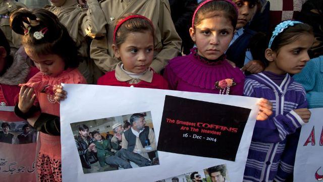https: img-z.okeinfo.net content 2018 12 17 18 1992180 dalam-4-tahun-terakhir-pakistan-hukum-gantung-56-teroris-s3ZwvqfNkY.jpg