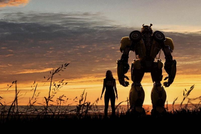 https: img-z.okeinfo.net content 2018 12 21 206 1994410 bumblebee-hajar-dropkick-dalam-klip-terbaru-prekuel-transformers-TpjSK1rf3S.jpg