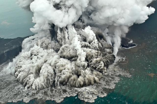https: img-z.okeinfo.net content 2018 12 27 337 1996632 literasi-bencana-di-indonesia-sangat-buruk-Fkn6LeNBAZ.jpeg