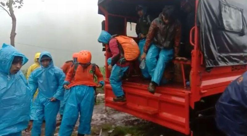 https: img-z.okeinfo.net content 2019 01 02 609 1998843 basarnas-bentuk-tim-cari-2-pendaki-yang-tersesat-di-gunung-bawakaraeng-hBFBlM8kba.jpg