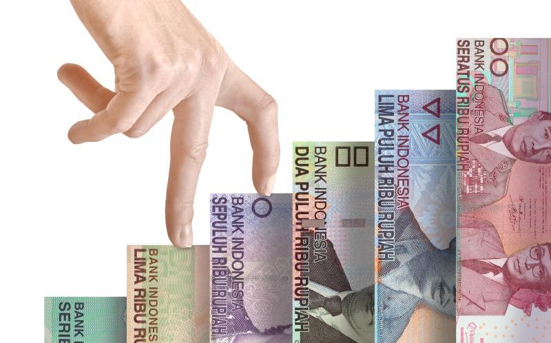 https: img-z.okeinfo.net content 2019 01 07 278 2001116 libas-dolar-as-rupiah-sore-ini-menguat-1-3-ke-rp14-082-usd-mFtqOo9fl3.jpg