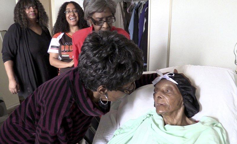 https: img-z.okeinfo.net content 2019 01 09 18 2002017 lessie-brown-orang-tertua-di-as-meninggal-dunia-di-usia-114-tahun-6LTz3y3YDo.jpeg