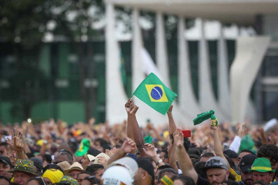 https: img-z.okeinfo.net content 2019 01 09 278 2002055 pasar-saham-brasil-catat-kinerja-terbaik-di-dunia-v7XjGCwmNj.jpg