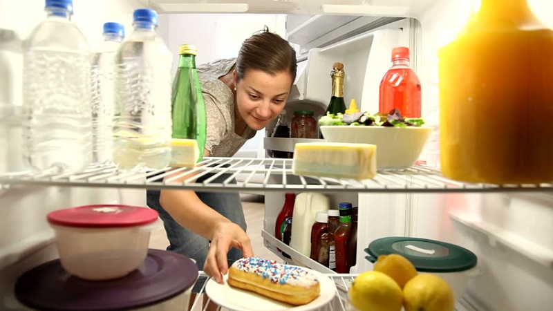 https: img-z.okeinfo.net content 2019 01 09 298 2002161 7-makanan-ini-tak-boleh-disimpan-di-freezer-HK3gXcURs4.jpg