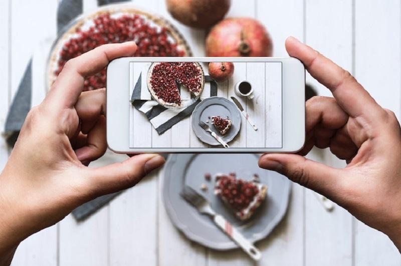 https: img-z.okeinfo.net content 2019 01 10 298 2002551 trik-memotret-makanan-agar-instagramable-langsung-dapat-banyak-like-utO6sRKMF5.jpg