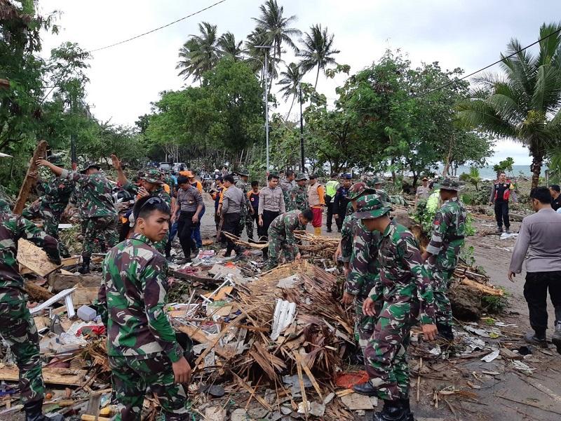 https: img-z.okeinfo.net content 2019 01 10 406 2002801 kemenpar-siapkan-23-kegiatan-untuk-recovery-pariwisata-di-daerah-tidak-terdampak-tsunami-1IfmR2F5h7.jpg