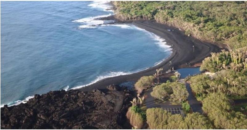 https: img-z.okeinfo.net content 2019 01 11 406 2003342 hawaii-punya-pantai-pasir-hitam-baru-akibat-letusan-gunung-berapi-6aGY4Crs8g.jpg