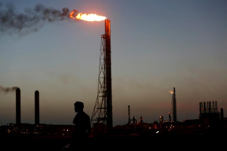 https: img-z.okeinfo.net content 2019 01 12 320 2003511 saham-sektor-energi-loyo-harga-minyak-dunia-ikut-turun-D1gLf7Sf9a.jpg