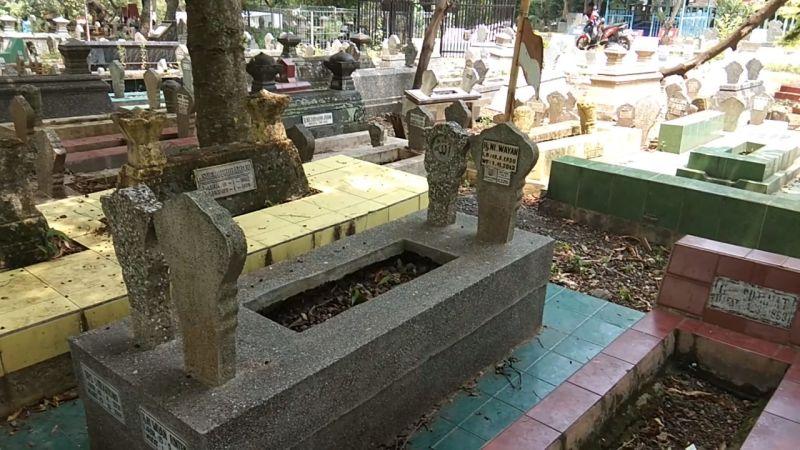 https: img-z.okeinfo.net content 2019 01 12 512 2003528 biaya-pemakaman-di-semarang-paling-murah-rp3-juta-kkWtokzAGX.jpg