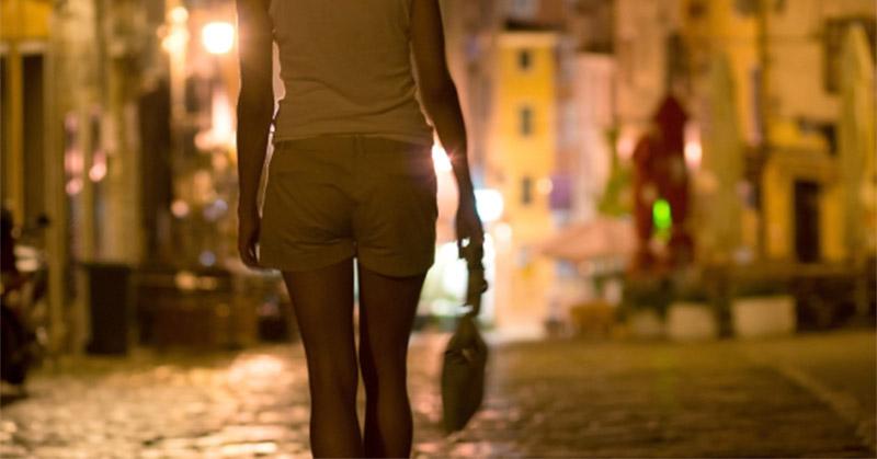 https: img-z.okeinfo.net content 2019 01 14 519 2004270 kamis-dua-artis-akan-penuhi-panggilan-polisi-terkait-prostitusi-online-f7VunspR5r.jpg