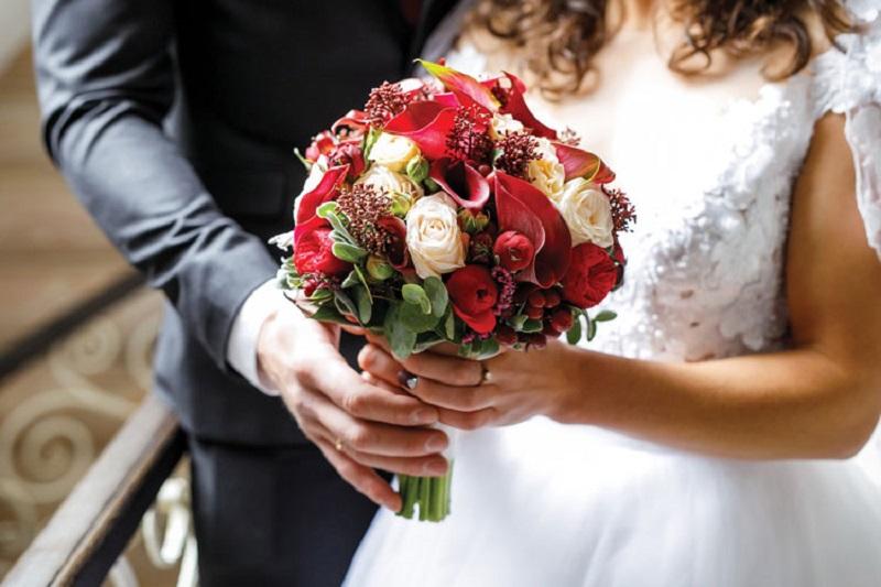https: img-z.okeinfo.net content 2019 01 15 196 2004891 marak-terjadi-dampak-pernikahan-paksa-bisa-bikin-bunuh-diri-uSSNoRIPEq.jpg