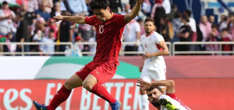 https: img-z.okeinfo.net content 2019 01 21 51 2007227 usai-dikalahkan-evan-dimas-dkk-sepakbola-vietnam-bangkit-eMpRjMYGYP.jpg