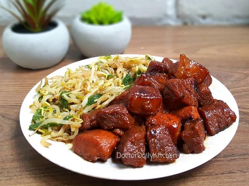 https: img-z.okeinfo.net content 2019 01 25 298 2009381 makan-siang-dengan-sajian-beef-teppanyaki-dan-cah-kangkung-enaknya-nampol-UeQQ2rhWbw.jpg