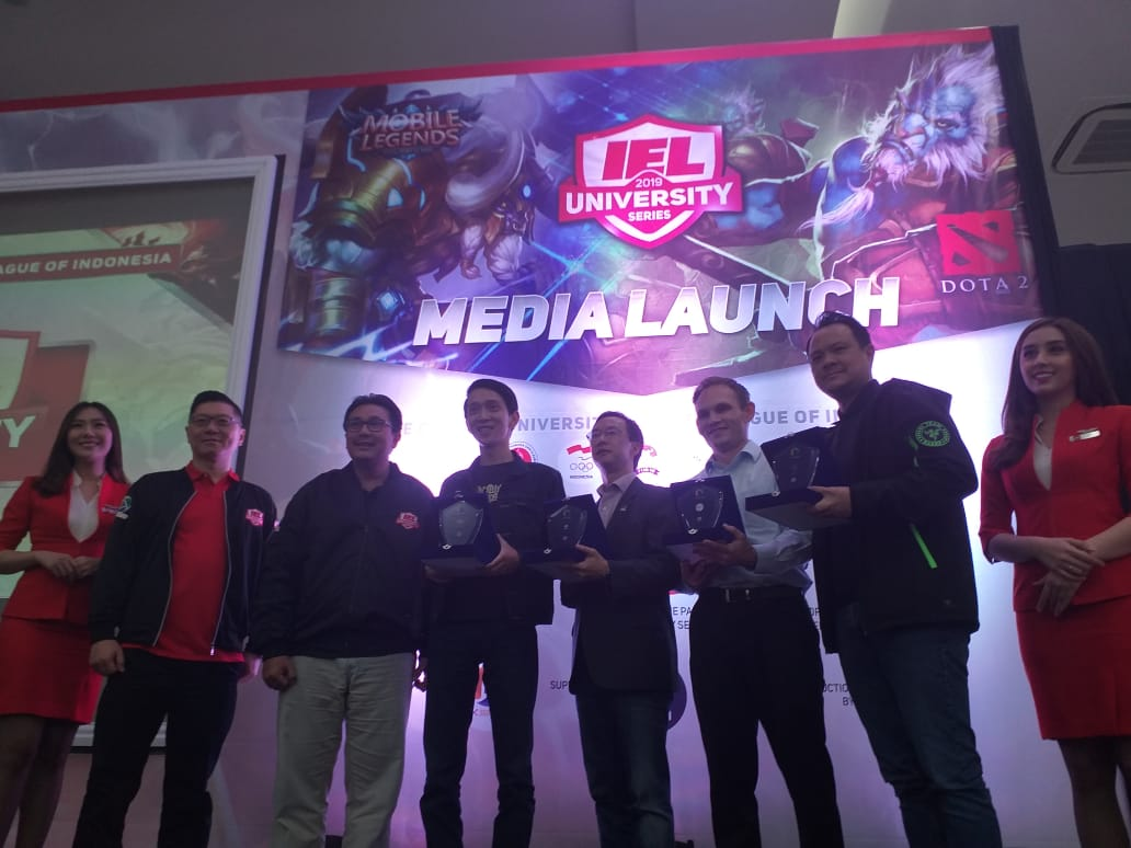 https: img-z.okeinfo.net content 2019 01 30 326 2011430 turnamen-esports-iel-2019-university-series-pertandingkan-dota-2-dan-mobile-legends-K2h0LQyYoX.jpeg
