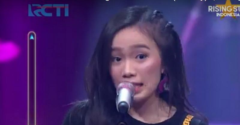 https: img-z.okeinfo.net content 2019 01 30 598 2011150 bikin-yovie-widianto-bergoyang-angeline-lolos-live-duel-rising-star-indonesia-uyY0PcroTq.jpg