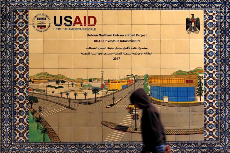https: img-z.okeinfo.net content 2019 02 02 18 2012867 usaid-hentikan-semua-bantuan-untuk-warga-palestina-di-tepi-barat-dan-gaza-jNe7578JYQ.jpg
