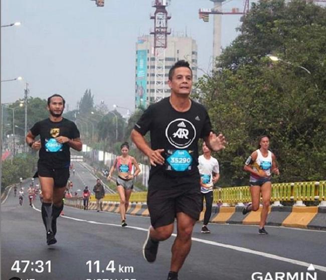 https: img-z.okeinfo.net content 2019 02 06 481 2014584 matias-ibo-bagikan-tips-menangani-cedera-saat-lari-maraton-seperti-apa-sbHI3y3YaU.jpg