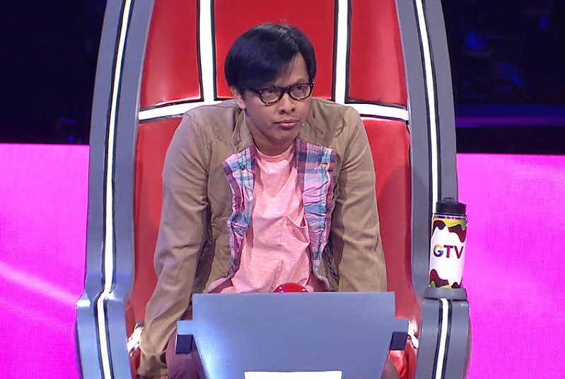 https: img-z.okeinfo.net content 2019 02 08 598 2015082 armand-maulana-bikin-2-peserta-the-voice-indonesia-menangis-fX3tvdddSa.jpg
