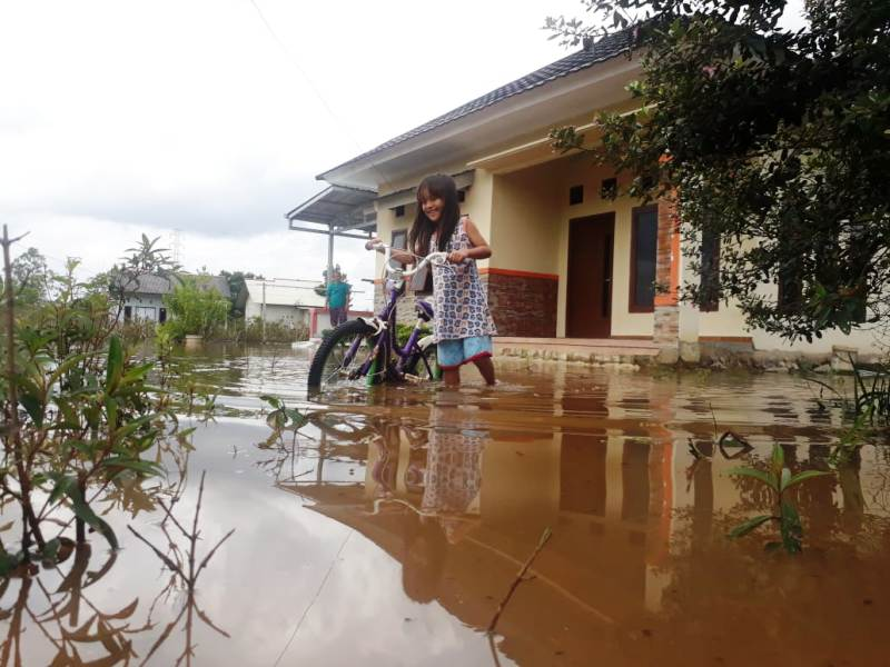 https: img-z.okeinfo.net content 2019 02 12 340 2016856 hujan-deras-kota-pangkalpinang-kebanjiran-3Su3ynmr5S.jpg