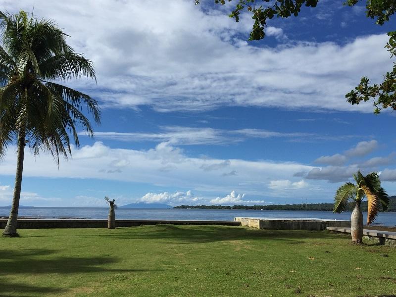 https: img-z.okeinfo.net content 2019 02 12 406 2017016 kunjungi-pantai-carita-menpar-arief-banten-tidak-dalam-status-darurat-TpqTHk8Ind.JPG