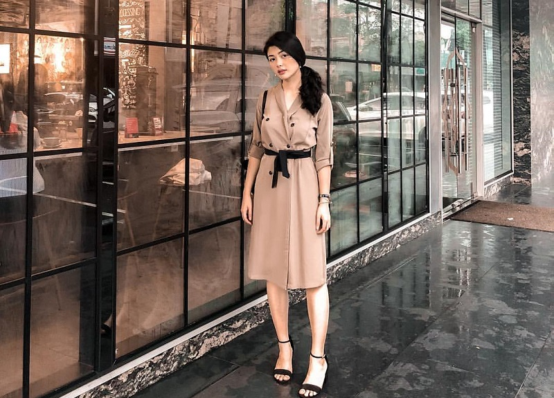 https: img-z.okeinfo.net content 2019 02 14 194 2017772 5-ootd-cantik-elisa-jonathan-finalis-miss-indonesia-2019-yang-ternyata-pacarnya-anak-ahok-RM2SOZ6qnc.jpg