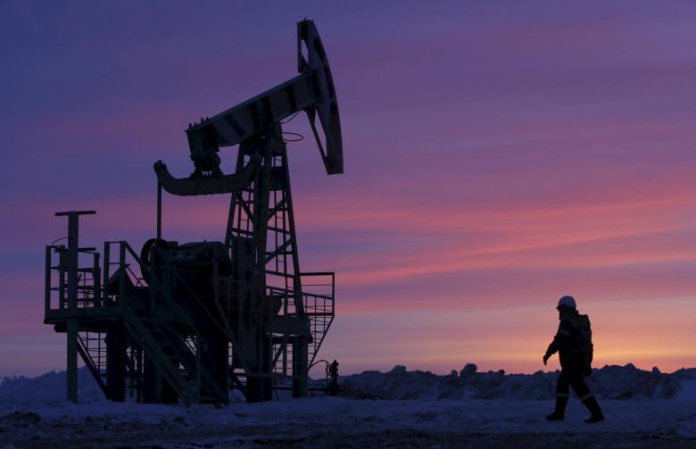 https: img-z.okeinfo.net content 2019 02 14 320 2017699 produksi-menyusut-harga-minyak-dunia-naik-BCHubGyi4g.jpg