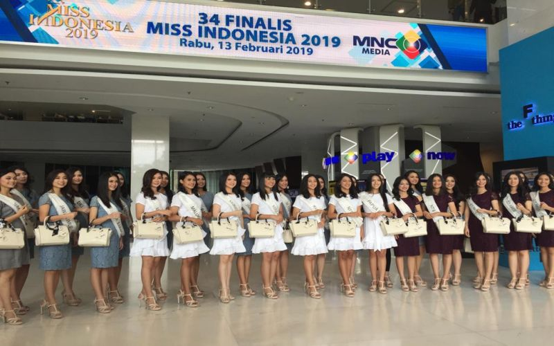 https: img-z.okeinfo.net content 2019 02 15 194 2018560 jawab-pertanyaan-juri-ini-tips-vanessa-ponce-miss-world-2018-untuk-finalis-miss-indonesia-2019-Fynkyw4IGg.jpg