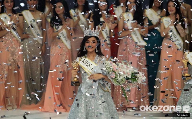 https: img-z.okeinfo.net content 2019 02 16 194 2018814 sandang-gelar-miss-indonesia-2019-ini-harapan-orangtua-princess-megonondo-hSxvMN5xs9.jpg